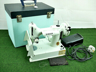 Rare Singer 221 K Sewing Machine Featherweight White Collectibles