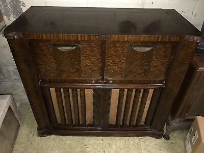 Vintage Zenith 12H090 Tube Console Radio Phonograph Wave Magnet Floor Model