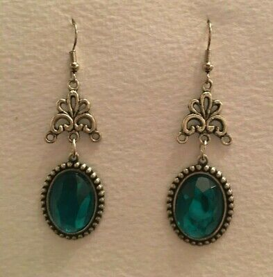 Victorian Style Teal Green Acrylic Crystal Dark Silver Plated Drop Earrings Cq