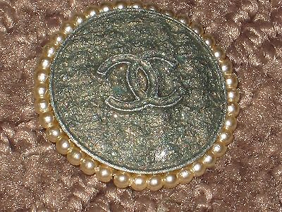 Chanel  Green Khaki Cc Logo Front Color Pearls  22 Mm /  1 '' New