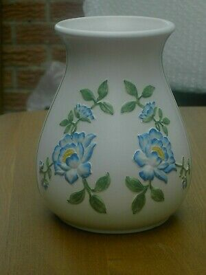 E Radford Pottery Hand Painted Vase With Embossed Flowers 1237 Free UK Postage