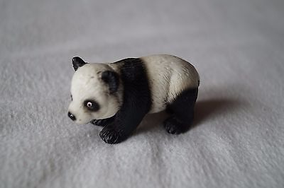 Retired Schleich Giant panda cub Released 2004