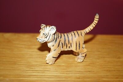Retired Schleich Tiger Cub Playing Released 2004