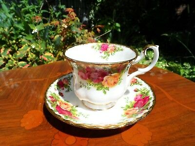Royal Albert 'Old Country Roses' Tea Cup And Saucer