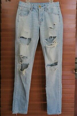 6793a69cc93 AMERICAN EAGLE Tomgirl Light Denim Jeans Ripped Distressed Womens Size 00  Long
