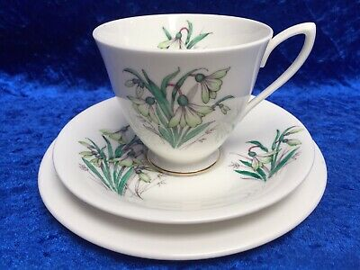 1950s First Issue ROYAL ALBERT 'Flower of the Month' JANUARY, SNOWDROP Tea Trio