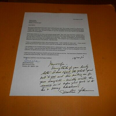 Martin Sheen is an American actor Hand Signed 8.5 x 11 Note