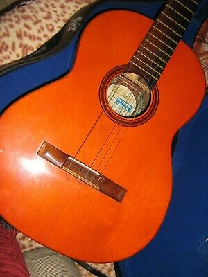 Di Giorgio classical guitar 1972 Number 28 - used cond - needs new strings