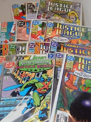 Lot of Eighteen Justice League Comic books 1988-1997 mostly 91's