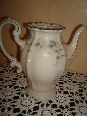 Vintage ~~ JOHANN HAVILAND Bavaria ~~ Blue Garland COFFEE TEA POT = Has NO Lid =