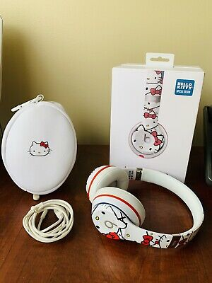8729af41777 HELLO KITTY EDITION Beats Solo 2 By Dr Dre - $300.00 | PicClick