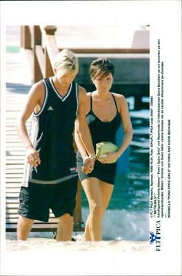 Celebrity couple Victoria Adamns and David Beckham on holiday in Marbella - Vint