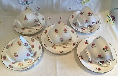 *5 Beautiful Vintage Mismatched 🌷 Ditsy Pink Roses Tea Set Cups And Saucers*