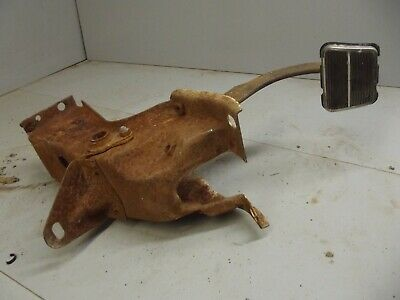 1967 - 1972 CHEVROLET TRUCK BRAKE PEDAL ASSEMBLY 1968 1969 1970 1971 Automatic