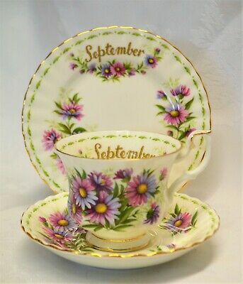 Royal Albert Flower of the Month September Michaelmas Daisy Trio 1970 England