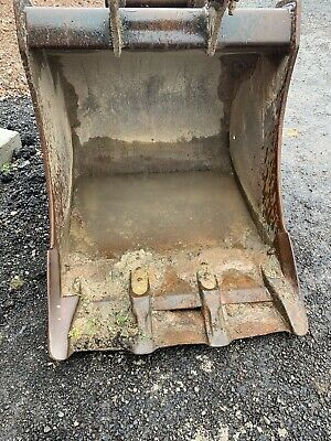 Digger Bucket 65mm Pins