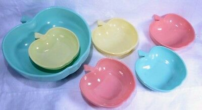 APPLE SHAPED BOWLS SET Vintage Kitchen Retro Kitsch 1950's