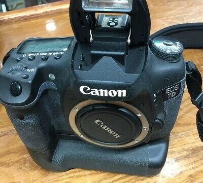 """Near N"" Canon EOS 7D Mark II 20.2MP Digital SLR Camera Body"
