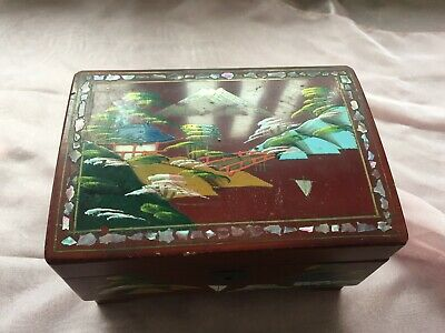 Hand painted Oriental musiical jewellery box set with mother of pearl