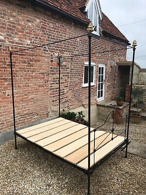 original Cast / wrought iron Victorian four poster 4 poster 4ft 6in double bed.