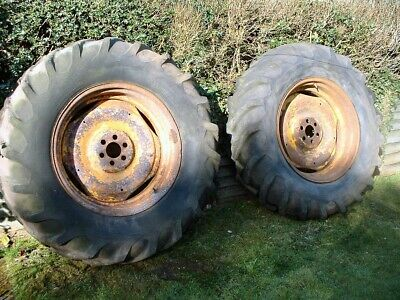 fordson major rear wheels size 16.9/14-30 Duramold Tyre