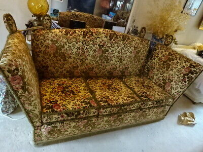 Vintage Antique French Style Regency Baroque Sofa Day Bed & Two Chairs Suite
