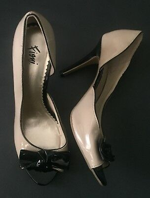 8bae5d1fc4 Fioni High Heel Shoes Size 9 Beige Black Bows Peep Toe Faux Patent Retro Mod