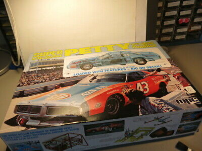 Mpc Super 1/16 Scale Petty 1973 Dodge Charger Complete Kit In Original Box!