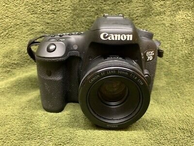 Canon EOS 7D Mark II 20.2MP Digital SLR Camera - Black