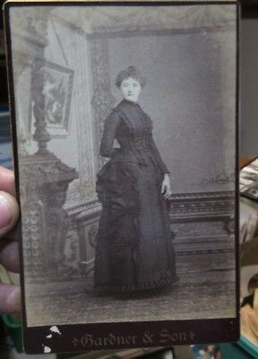1880s Antique Old Cabinet Photo Picture Napoleon Ohio SHINABARGER Woman ? Sister