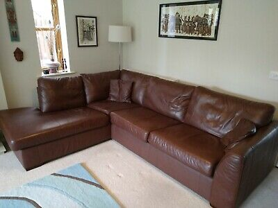 High quality brown leather corner sofa. Very good condition.