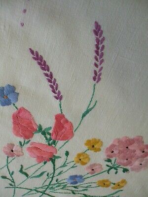 """Vintage Irish linen hand embroidered tablecloth 49"""" x 49""""sq"""