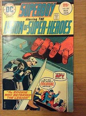 Superboy (Legion of Super-Heroes) issue 207 from April 1975 - discounted post