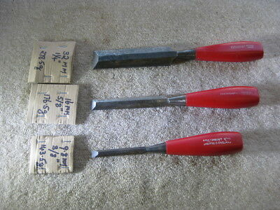 SET 3 x FOOTPRINT BEVEL EDGE SOCKET TYPE FIRMER CHISELS Made SHEFFIELD ENGLAND