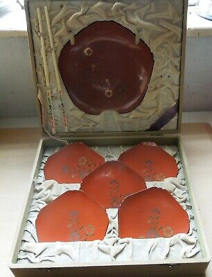 1920s Japanese Papier Mache Red Lacquer Plates & Bowl, Cased in Original Box