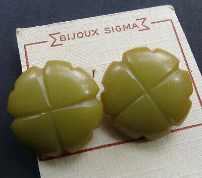 vintage art deco retro BAKELITE green fancy dome disc bead clip on earrings -N31