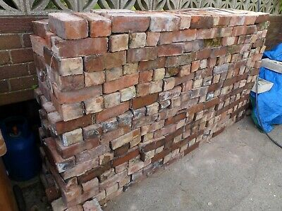 Reclaimed house bricks (Clean)