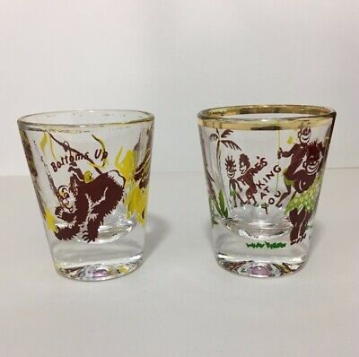 Vintage Federal Glass 2 Piece Rumpus Set Black Americana Shot Glasses
