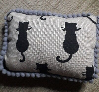 Black Cat pincushion made from canvas fabric with grey pom pom trim