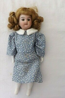 A Small German Am Bisque Headed 1894 24Cms Poor Condition A Beautiful Doll