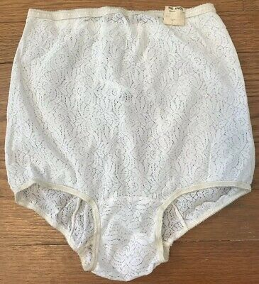 4f3d45ba73dc Vintage 1950s/60s High Waist Nylon Panties Sheer Lace Look Size 6. Luxer  Dame