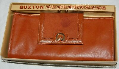 e0bd78e4221 VINTAGE GUCCI 70S  Horsebit Red Green Brown Italy Leather Wallet ...