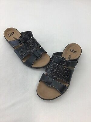 1db8faadf157 Clarks Collection Black Leather Comfort Slide Sandals Size 7.5M C737 OOS