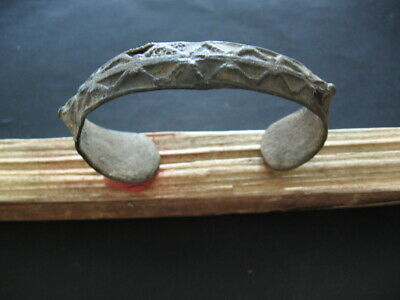 GRIVNA ANCIENT CELTIC ENAMELED BRONZE BRACELET 1-2 ct. AD