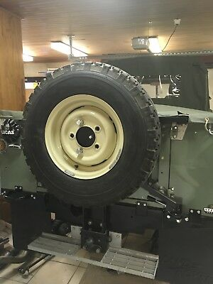 Land Rover Defender Serie set of 4 wheels + tyres