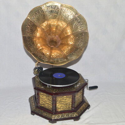 Desent Fully Working Octagonal Gramophone With Brass Crafted Base And Horn