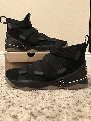 pretty nice 2a361 464d1 NEW NIKE ZOOM LEBRON SOLDIER 11 XI sz 10.5 BLACK GUM XV 15 XVI 16 WATCH  RETRO PE