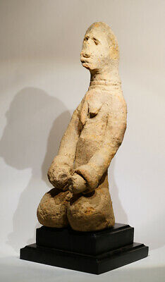 A fragmentary, female Bankoni sculpture