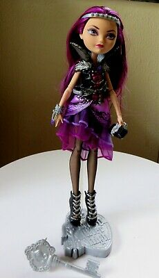 Jouets Et Jeux Ever After Hauteur Poupée Getting Fairest Raven Queen Poupée 2013 Euc Mattel