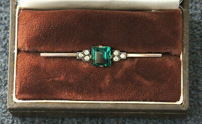 ART DECO AUSTRALIAN 9CT GREEN STONE BAR BROOCH TOTAL WEIGHT 2.8 gms BOXED #4